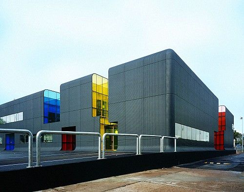 Thiais France  city photos : RATP Bus Centre in Thiais, France; designed by ECDM Emmanuel Combarel ...