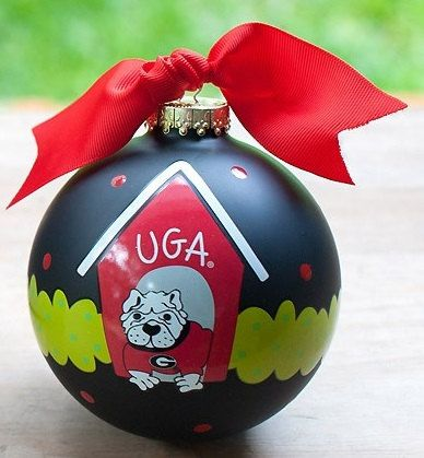 UGA Between The Hedges Ornament by doodlebugsga on Etsy Purchase at www.doodlebugsga.etsy.com