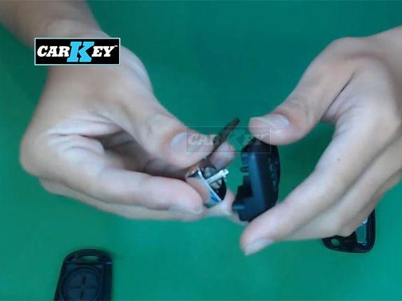 Hướng dẫn thay vỏ chìa khóa ô tô