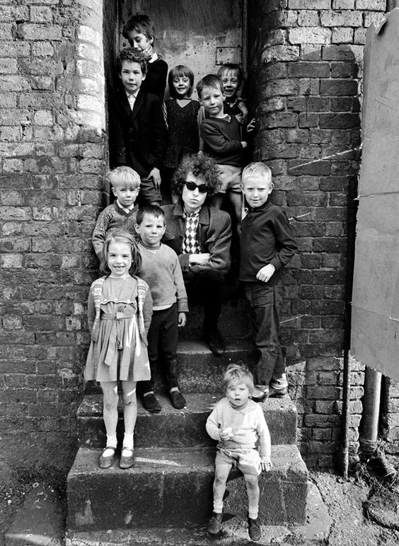 [photo credit: Barry Feinstein - Bob Dylan, Liverpool, England, 1966] Like