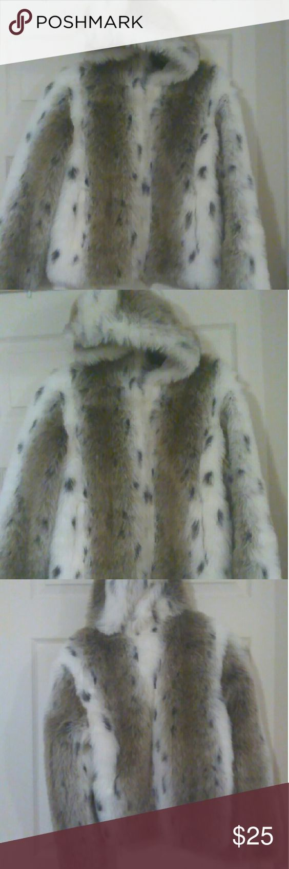Faux fur jacket Never worn, perfect condition Jackets & Coats