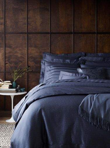 Sarto is our luxurious Italian-woven Egyptian cotton bedding, shown here in Indigo. Available in duvet covers and shams in 5 rich colors.