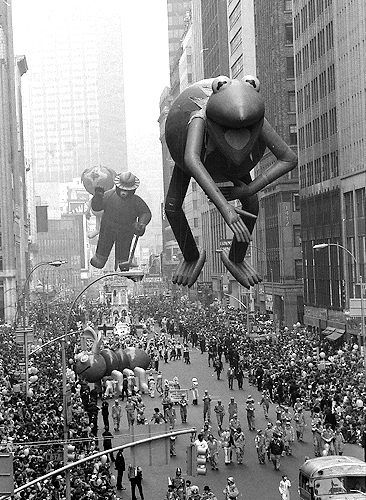 Macy's Thanksgiving Day Parade balloons through the decades: From Mickey Mouse to Dora the Explorer - NY Daily News: