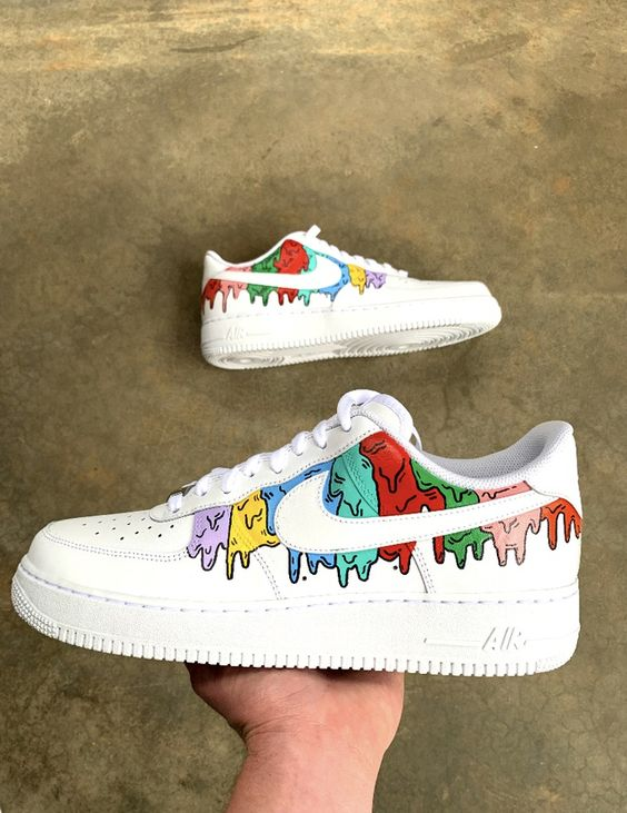 31 Painted Shoes That Look Fantastic shoes womenshoes footwear shoestrends