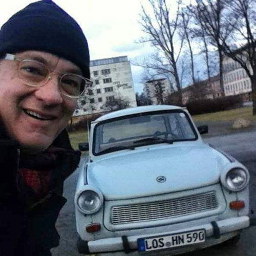 Tom Hanks Selfie With His Car One Of My Best Ones Ever Tom