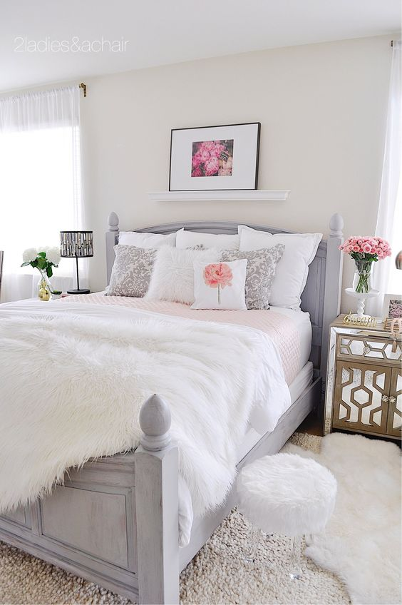 Your choice of bed linens can change your bed to be romantic, tailored, layered, luxurious, or plain. For the bedding I went to HomeGoods. It was my lucky day because waiting for me was this king size blush pink quilt! I wanted the pink to pop so everything else I kept white, except for a bit of grey in the shams to tie into the painted bed color. Sponsored by HomeGoods