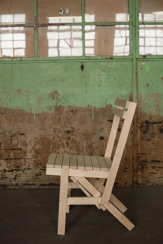 Dieses Kreuzberger Refugee Start Up Baut Italienische Designer Möbel | Enzo  Mari