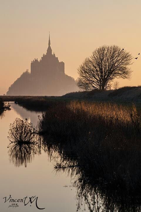 Beautiful, Mont St. Michel, Normandie.  http://www.normandythenandnow.com/a-headache-at-mont-saint-michel/France