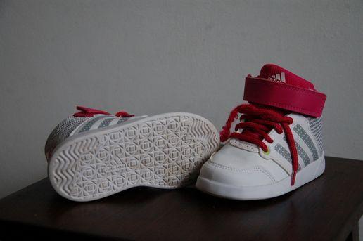 Buciki Adidasy Roz 23 Sosnowiec Olx Pl Baby Shoes Sneakers Fashion