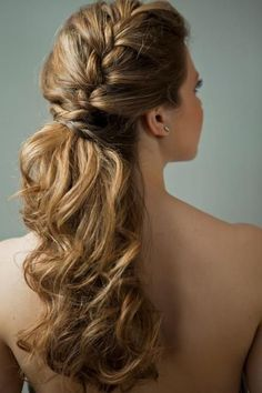 Peinados Modernos Para Fiesta De 15 Anos Peinados Modernos Para Fiestas Peinados De Moda Peinado Y Maquillaje
