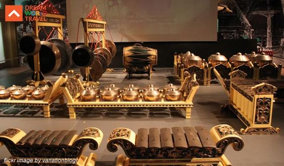Asian Civilisations Museum Singapore The #Asian #Civilisations #Museum is an institution which forms a part of the four museums in Singapore, the other three being the other Asian Civilisations Museum at Old Tao Nan School, the National Museum of #Singapore and the Singapore Art Museum. #Cheap #Singapore #Flights #Cheap #Flights