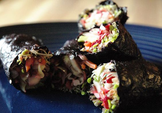 Beauty Detox: Seaweed Burrito....use seaweed instead of a wrap...seaweed is for more than sushi!