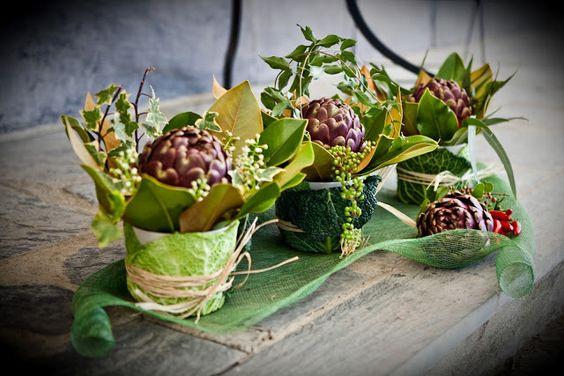 20metriquadri: Centrotavola con alloro, carciofi e cavolo... vegetables centerpiece