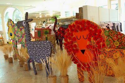 A decoração divertida do evento foi criada pela artista plástica Suppa, em parceria com a CAS Brinquedos.