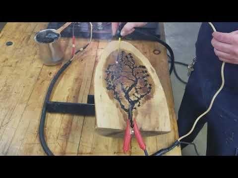 Las Figuras De Lichtenberg Lichtenberg Figuren O Lichtenberg Dust Figures Son Imagenes Produ Burning Wood With Electricity Wood Burning Woodburning Projects