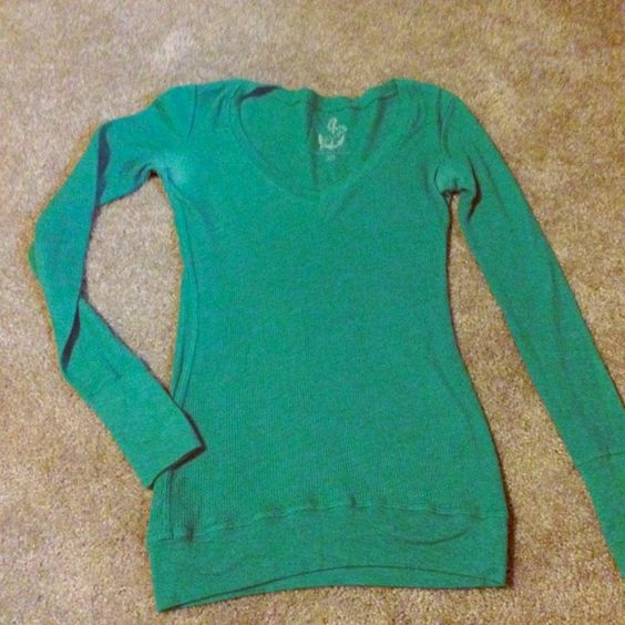 Log sleeve waffle shirt Delia's size xs waffle shirt some slight wearing under armpits but still in great shape Tops Tees - Long Sleeve