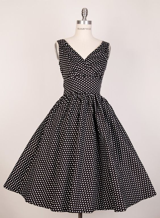 #dress #1950s #partydress #vintage #frock #silk #retro #teadress #petticoat #romantic #feminine #fashion #polkadotsprint: