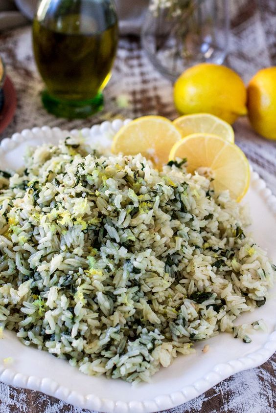 Spanakorizo greek spinach rice recipe spinach pies for What side dishes go with fish
