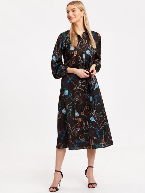 Lcw Bayan Elbise Modelleri Siyah Midi Uzun Kol Desenli Elbise Siyah Stiletto Ayakkabi Elbise Elbise Modelleri Moda Stilleri