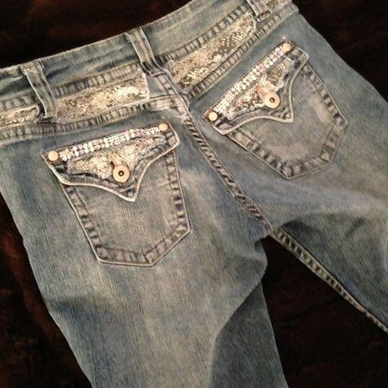 CRYSTAL & SNAKE PRINT CAPRI JEANS CUTE BLING CAPRI JEANS Jeans