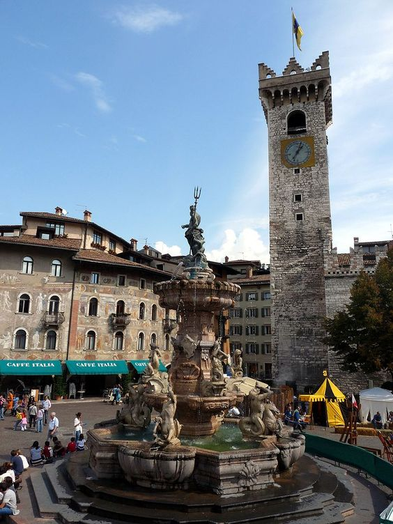Trento-fountain of Neptune and Torre Civica from southwest - Trento