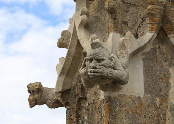 Dark Vador, un astronaute... Les folles gargouilles et chimères pop qui ornent les églises   Slate.fr