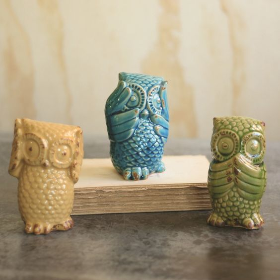 Hear No, See No, Speak No Evil Owls, Set of 3 >> These are just the bees knees!