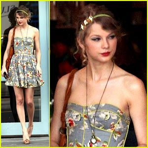 Google Image Result for http://taylorswift13.org/wp-content/uploads/2011/09/RebeccaTaylor.jpg