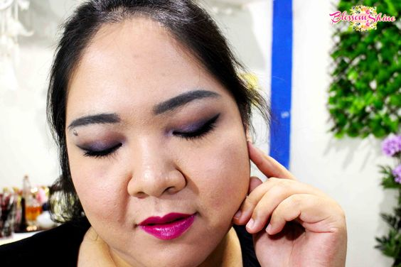Puple Smokey Eyes with Plum Berries Lipstick Shade for Ultraviolet Makeup Look