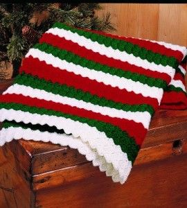 Christmas afghan cozy christmas and afghans on pinterest for Country woman magazine crafts