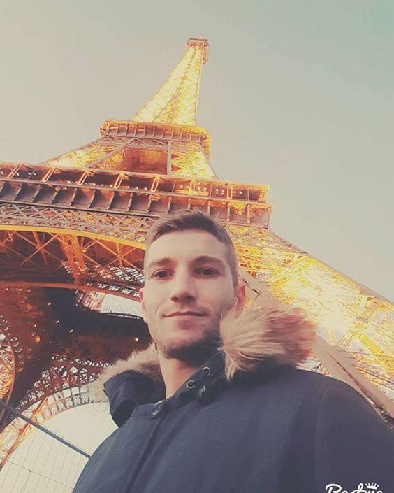 #france #paris #city #eiffeltower #toureiffel #gadagfangelüchte #very #beautiful by d.senad Eiffel_Tower #France