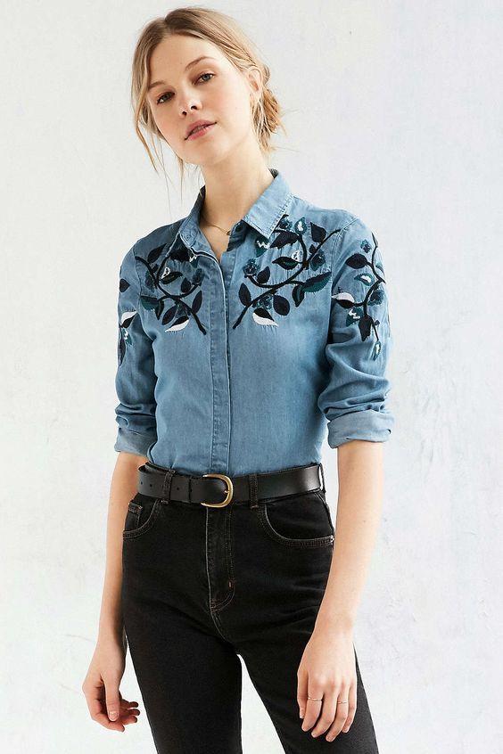 Camisa jeans bordada: