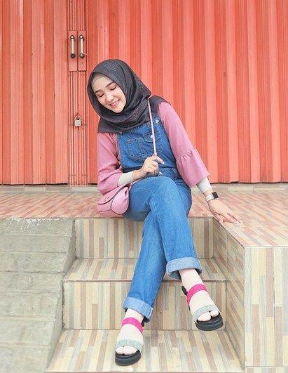 Contoh Baju Retro Hijab