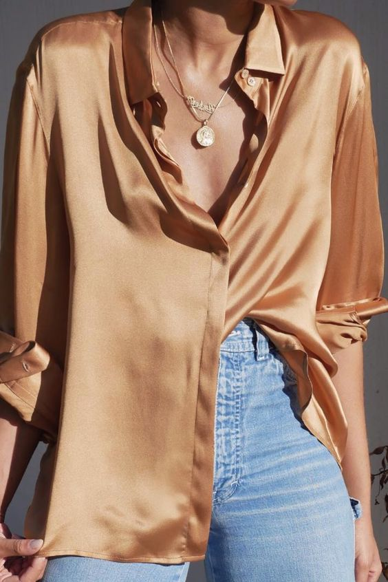 Silk shirt with blue jeans and layered gold jewelry #ootd