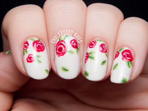 12 Valentine's Day Manicures You'll Adore