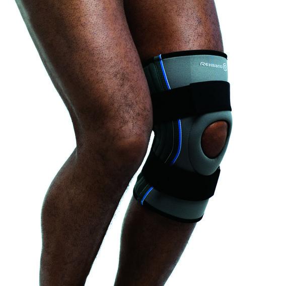 De Rehband kniebrace Relieving Pad 7782 helpt ambitieuze sporters met lichte tot gemiddelde knie pijn en instabiliteit. De combinatie van warmte, compressie en de elastische banden stabiliseert de knie en biedt veiligheid tijdens sporten.
