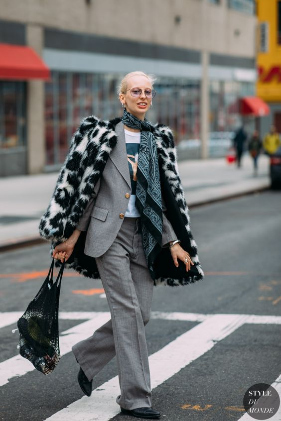 Lili Sumner by STYLEDUMONDE Street Style Fashion Photography NY FW18 20180210_48A4934