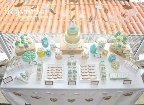 Mesas candy table and candy bars on pinterest - Mesa dulce infantil ...