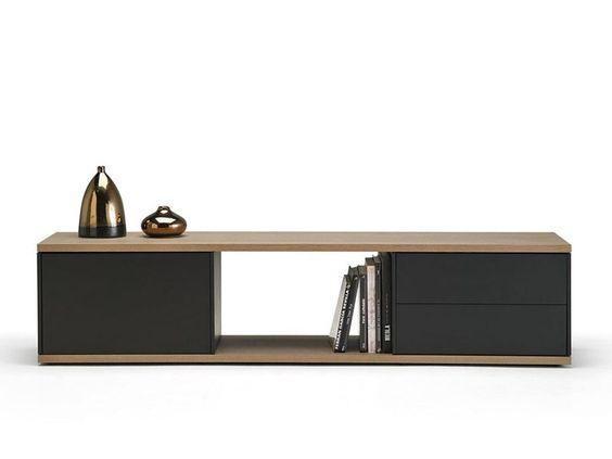 Aparador de madera SLATS by Punt diseño Marc Krusin
