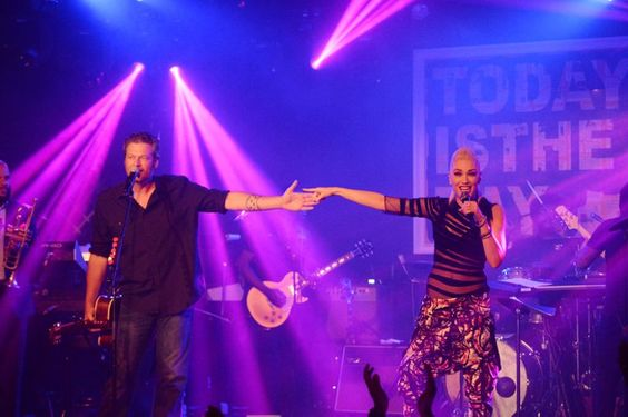 Pin for Later: Gwen Stefani and Blake Shelton's Chemistry Is on Fire in the Hamptons