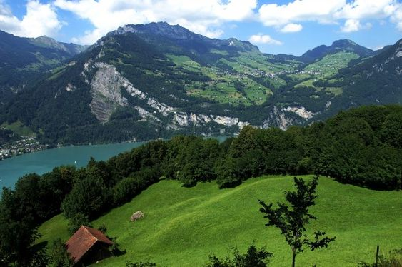 Most Beautiful Villages in the World Amden, Suiza