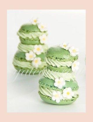 Mini pièce montée Macaron