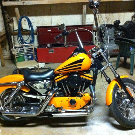 900 Custom Harley Davidson