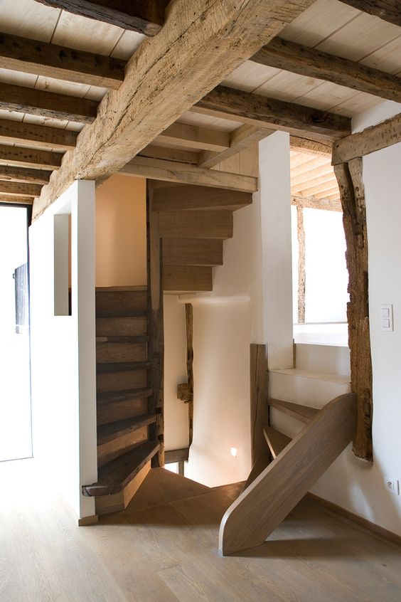 level change in Sint-Martinus by Lensass Architects