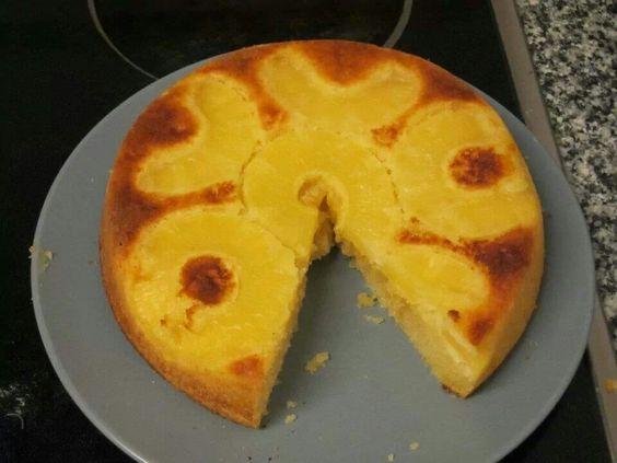 Torta de piña volteada.