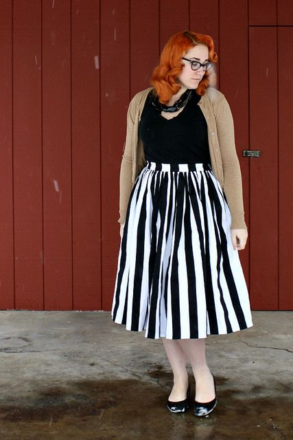 Jenny Skirt by Pinup Couture  #pinupgirlclothing