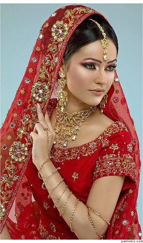 Indian Bride!  She is so gorgeous! Aline for Indian Weddings
