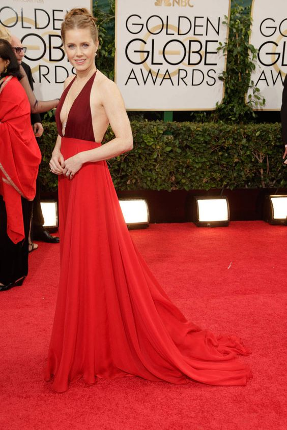STUNNING in red -  Amy Adams, Valentino at the Golden Globes