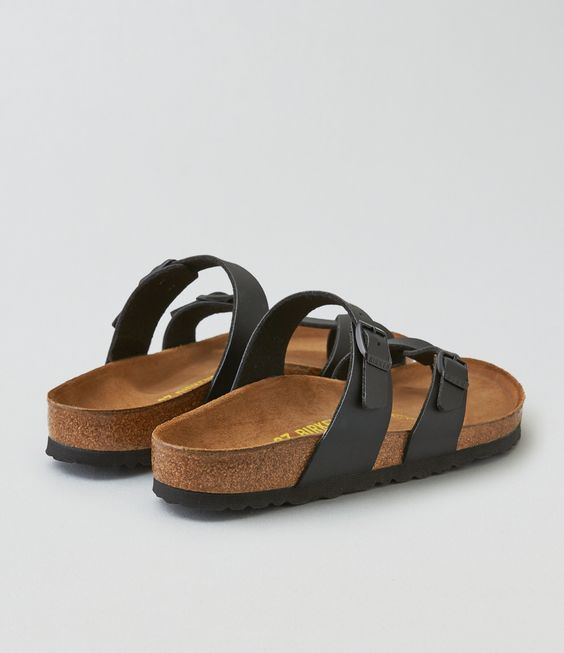 I'm sharing the love with you! Check out the cool stuff I just found at AEO: http://on.ae.com/1SC4CsQ