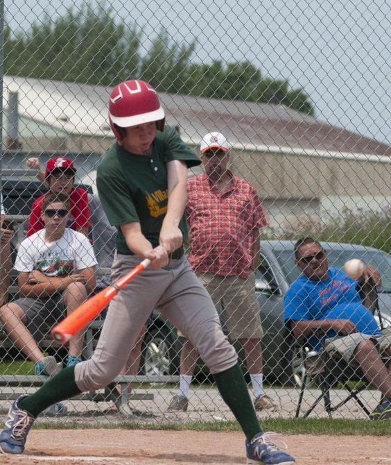 Unlikely star helps power Village Green to Bay County Pony League crown | MLive.com